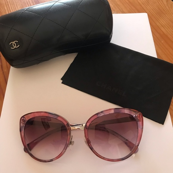 f84f885baaabb CHANEL Accessories - Chanel Authentic sunglasses cat eye pink 4208